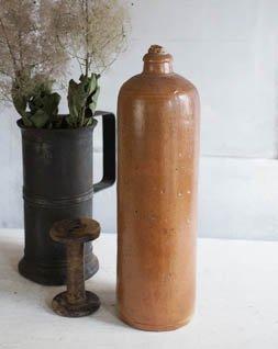 アンティーク 陶器ボトル.b