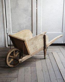 ホイールバロウ(一輪車)