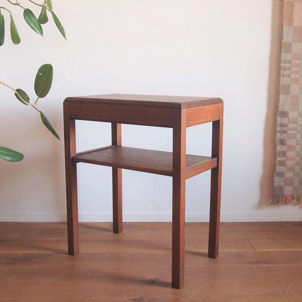 角ティーテーブル