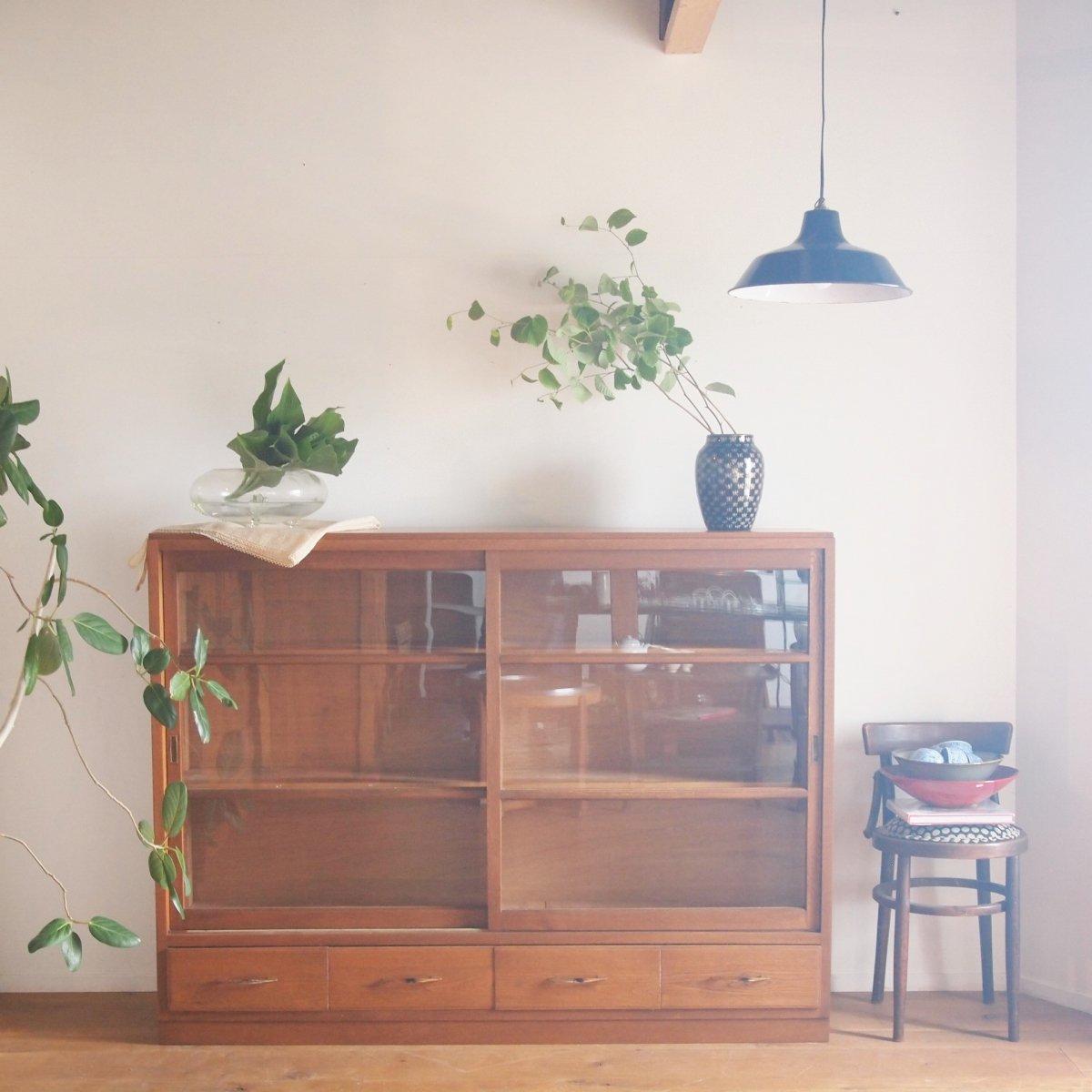 キャビネット/食器棚