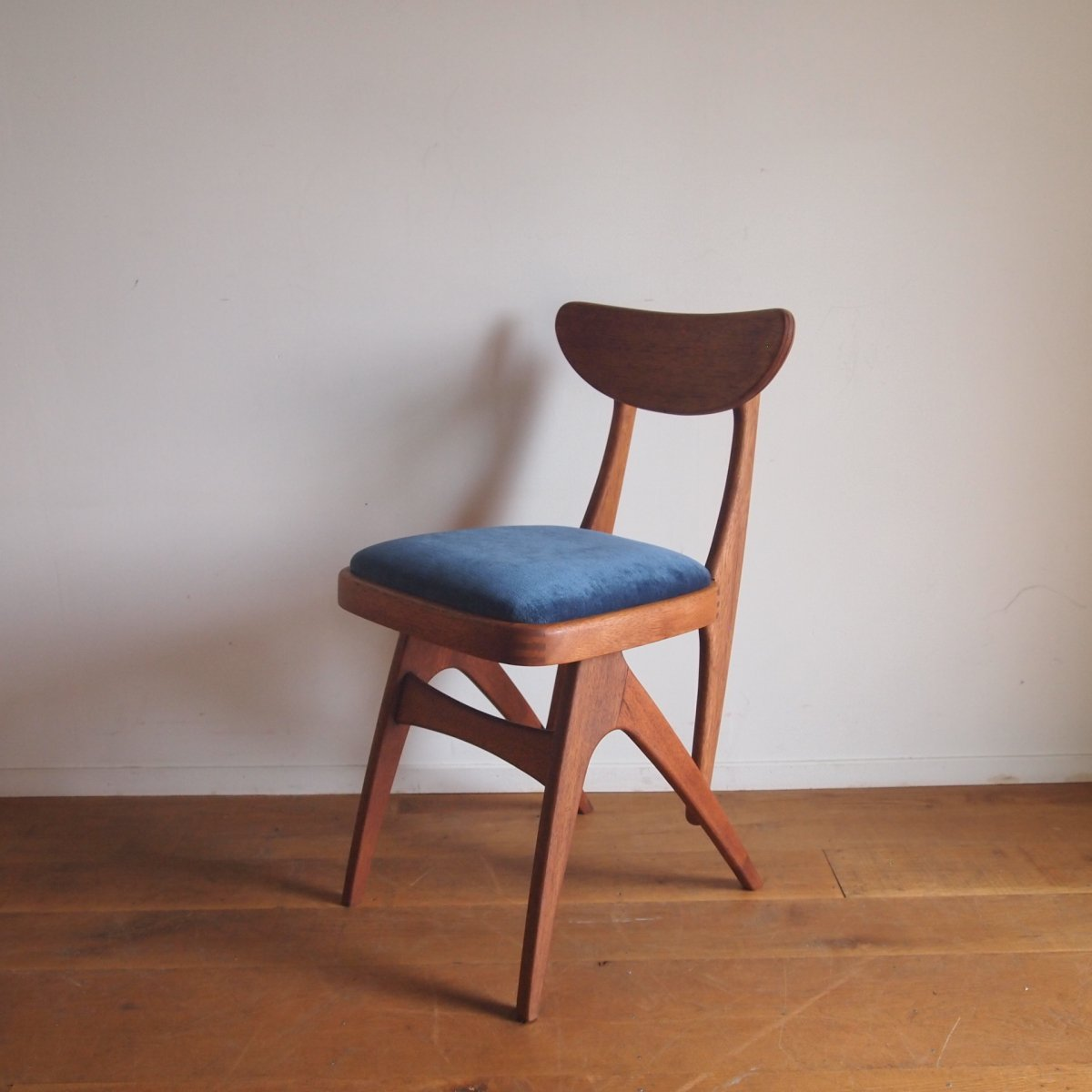 椅子/インディゴ