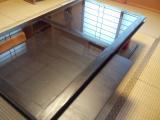 杉のガラステーブル