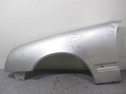 W210 E240/E320/E430/E55 Eクラス 後期 ベンツ 左フロントフェンダー 左フェンダー(83655)