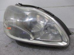 W220 S320/S350/S430 Sクラス 前期 ベンツ 右ヘッドライト/ランプ(バラスト付き) キセノン/HID A220 820 08 61 A2208200861 (83813)