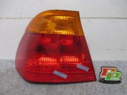 E46 3シリーズ BMW 左テールランプ/レンズ/ライト 8 364 921/8364921 (93038)