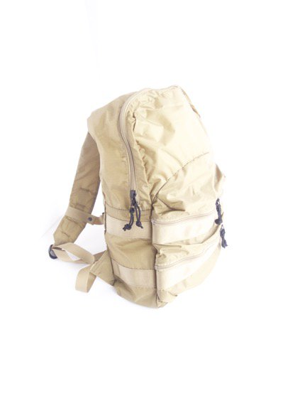 hobo Ripstop Nylon Backpack 20L (BEIGE)2