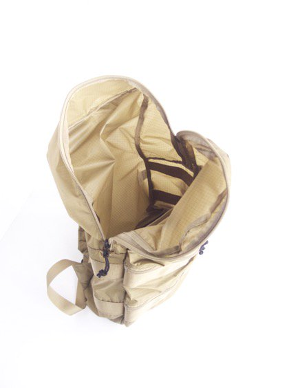 hobo Ripstop Nylon Backpack 20L (BEIGE)4