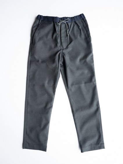 A VONTADE EASY PANTS (DK.CHARCOAL)