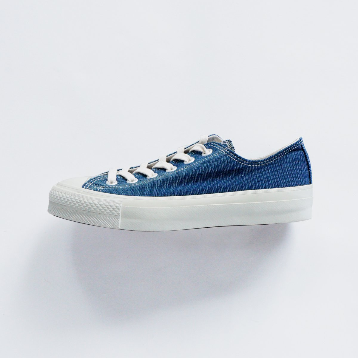 DOEK CANVAS SNEAKER 'BASKET' (NAVY)1
