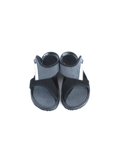 TRIOP SLIPPER UNI (BLACK/ANTHR/WHITE)3