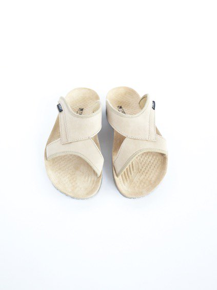 TRIOP SLIPPER KERI (BEIGE-SMOOTH)3