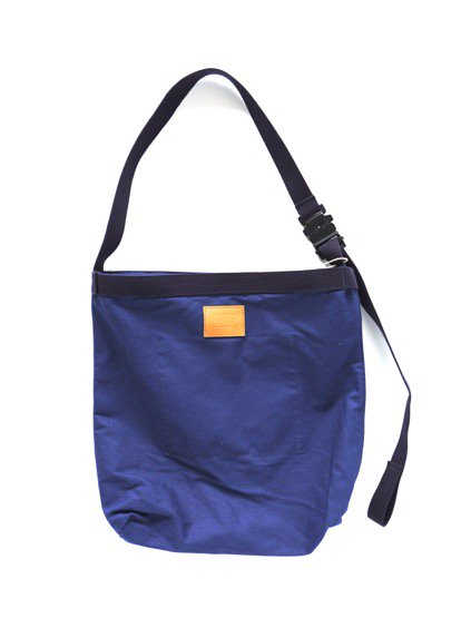 hobo Canvas Shoulder Bag (NAVY)