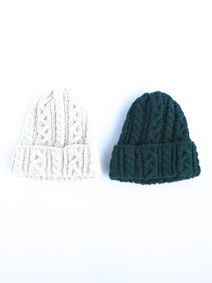 HIGHLAND2000 BRITISH WOOL BOB CAP cable (WHITE)(GREEN)