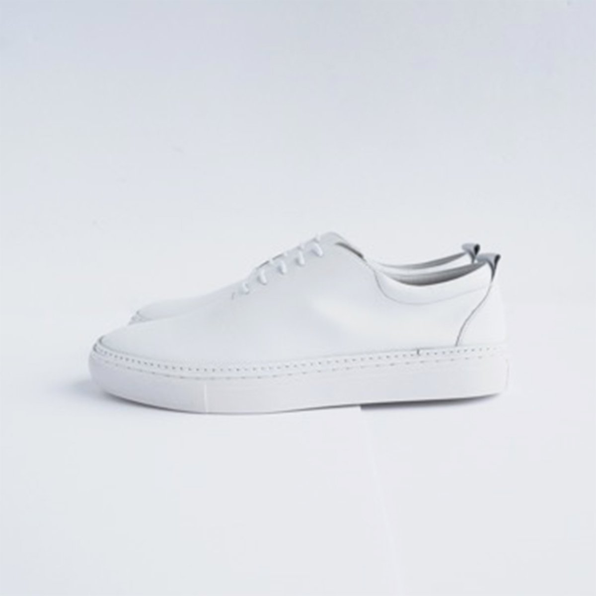 Ouur RACE UP SNEAKER (WHITE)