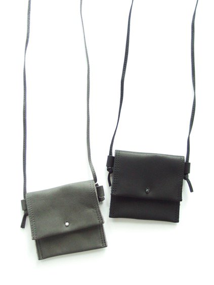 hobo Cow Leather Neck Pouch S  (GRAY)(BLACK)