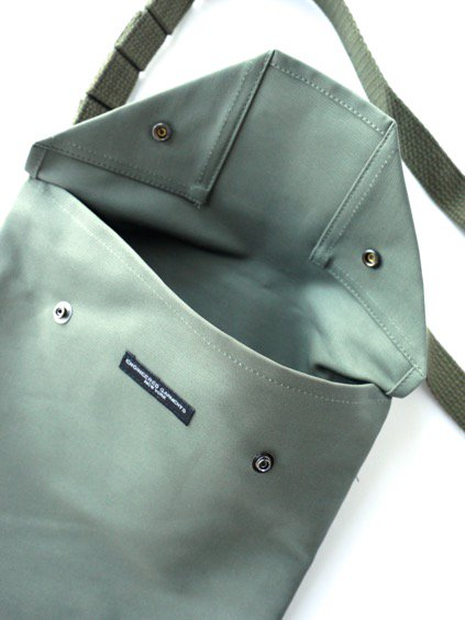 Engineered Garments Shoulder Pouch - Cotton Double Cloth  (Black)(Navy)3