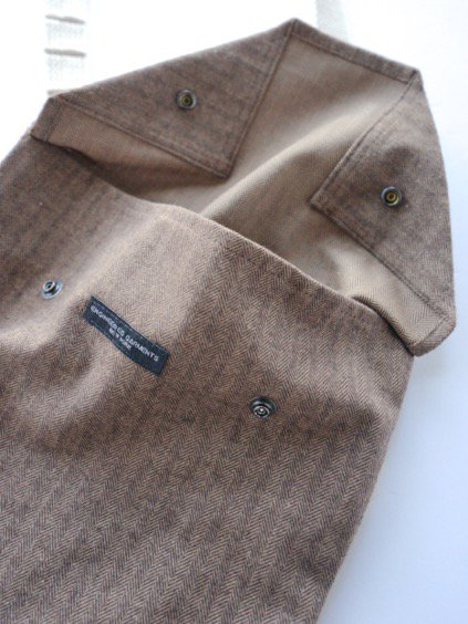 Engineered Garments Shoulder Pouch - Brushed HB  (Brown)3