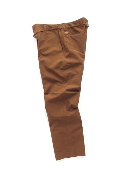 DESCENTE PAUSE WIDE TAPERED PANTS (MBRN)3