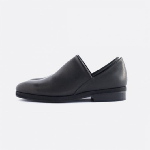 <img class='new_mark_img1' src='https://img.shop-pro.jp/img/new/icons39.gif' style='border:none;display:inline;margin:0px;padding:0px;width:auto;' />SLIP ON SHOES - Ladies