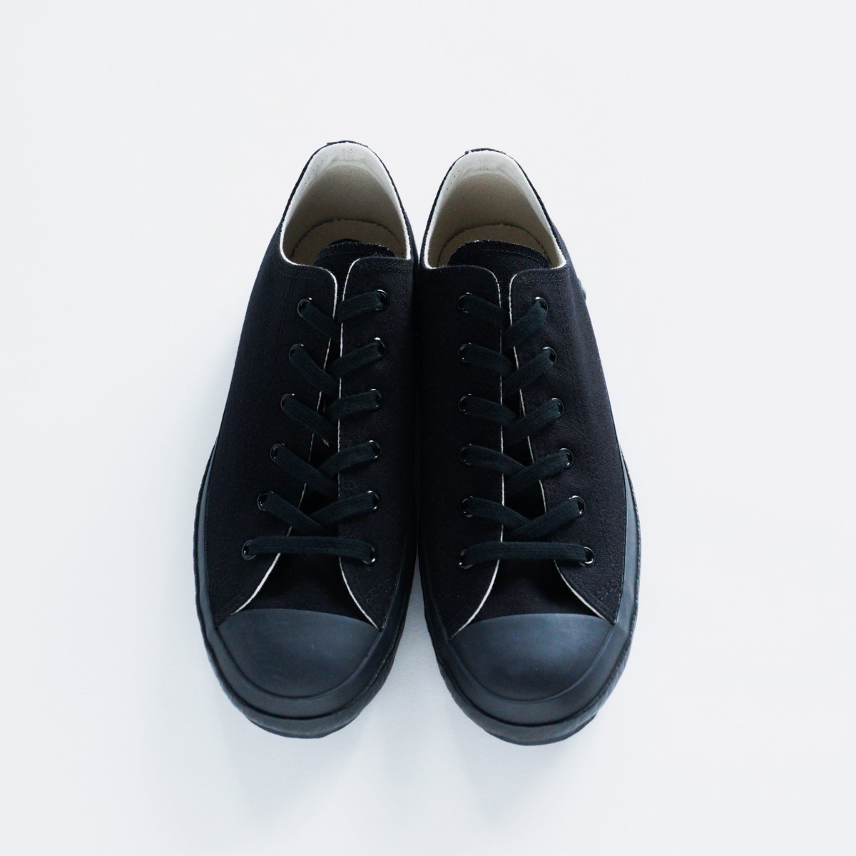 SHOES LIKE POTTERY CANVAS SNEAKER LOW (BLACK MONOCHROME)3