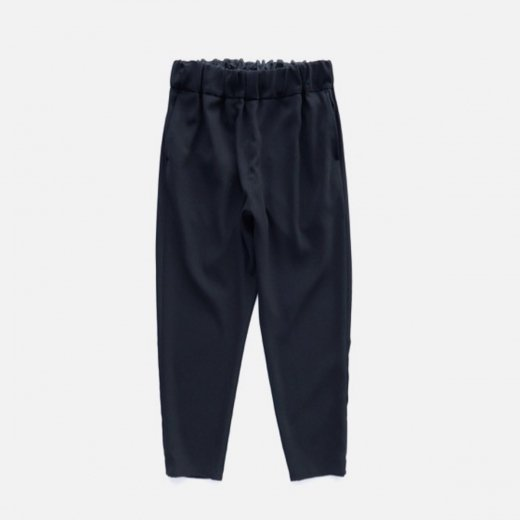 <img class='new_mark_img1' src='https://img.shop-pro.jp/img/new/icons39.gif' style='border:none;display:inline;margin:0px;padding:0px;width:auto;' />HIGH TWISTED POLYESTER DOUBLE CLOTH EASY PANT