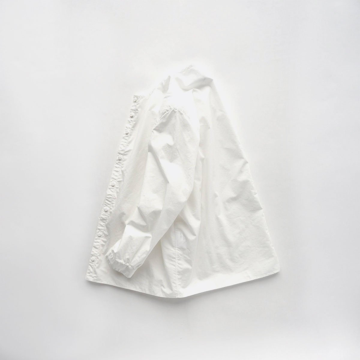 NO CONTROL AIR 60/1 SUPIMA COTTON TYPEWRITER NO COLLAR SHIRT (off white)4