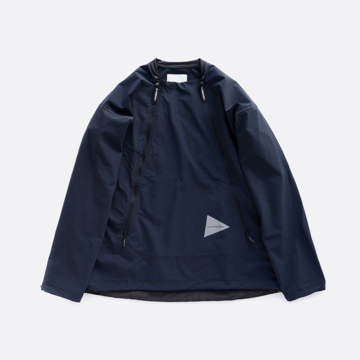 and wander trek pullover  (navy)