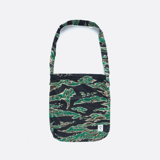 BOOK BAG - PRINTED FLANNEL / CAMOUFLAGE  (TIGER CAMO)