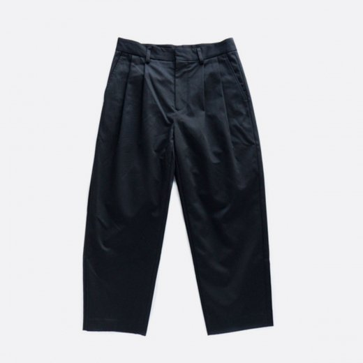 COTTON GABARDINE TUCK PANTS