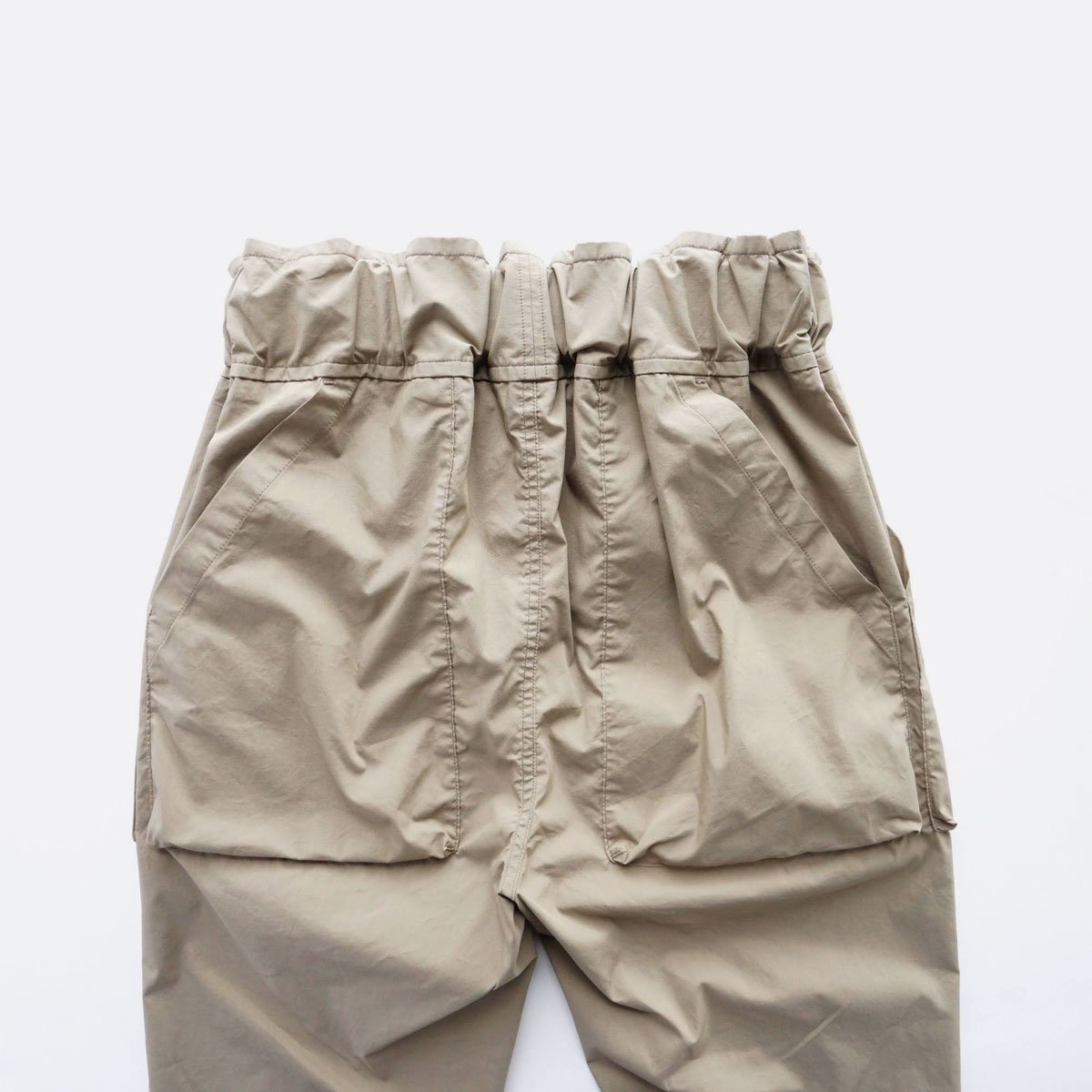 FIRMUM COTTON & POLYESTER STRETCH TYPEWRITER EASY TAPERED PANTS (LIGHT KHAKI)4
