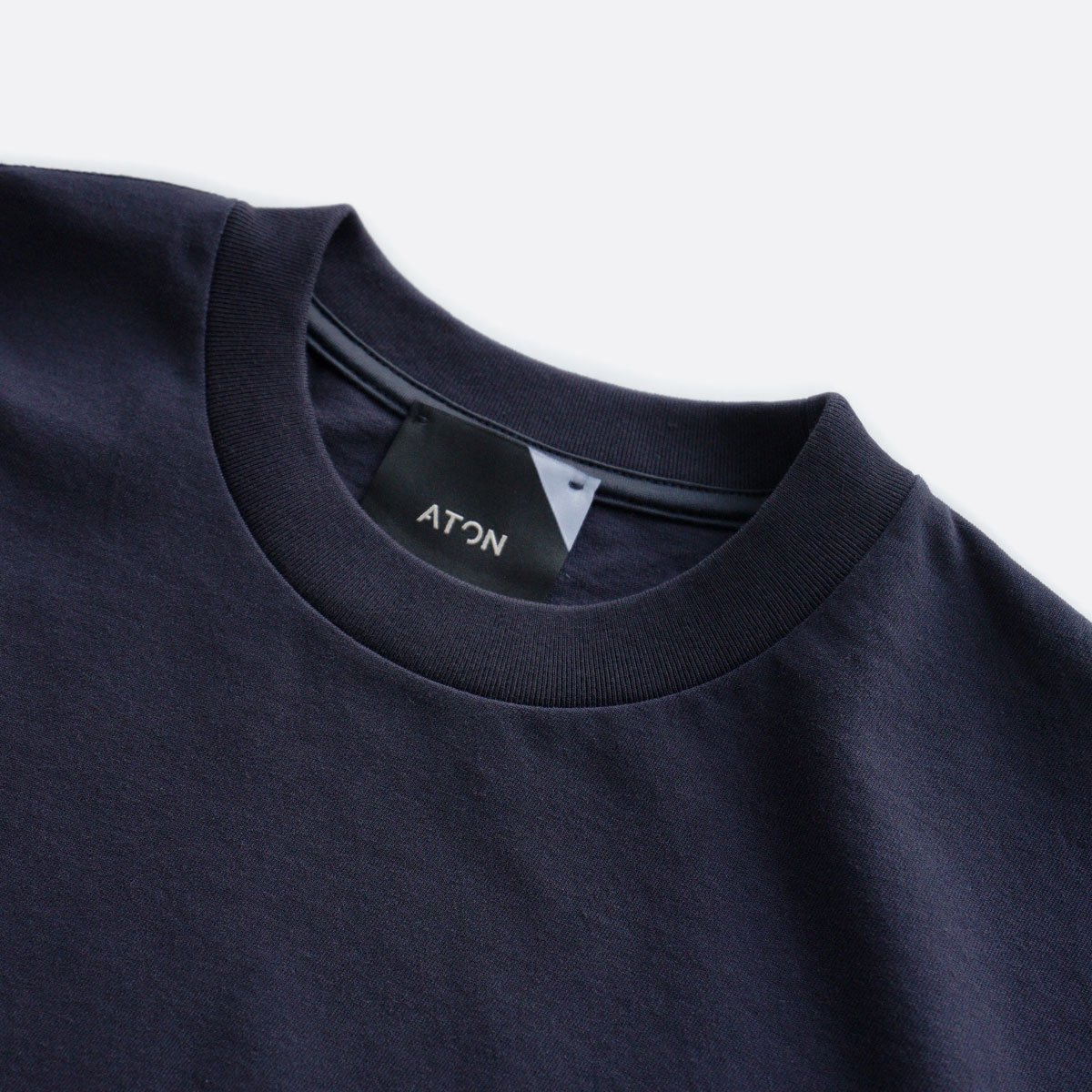 ATON FRESCA PLATE OVERSIZED T-SHIRT (NAVY)3