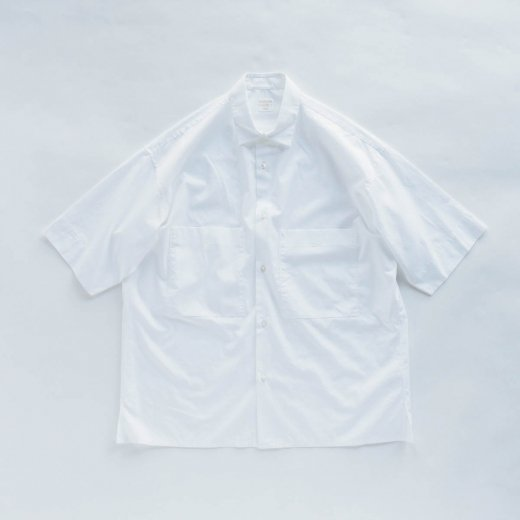 <img class='new_mark_img1' src='https://img.shop-pro.jp/img/new/icons1.gif' style='border:none;display:inline;margin:0px;padding:0px;width:auto;' />SUMMER BOX SHIRT