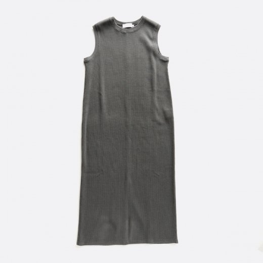 <img class='new_mark_img1' src='https://img.shop-pro.jp/img/new/icons39.gif' style='border:none;display:inline;margin:0px;padding:0px;width:auto;' />WAFFLE CREW NECK SLEEVELESS DRESS