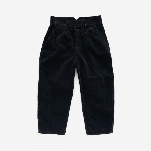 <img class='new_mark_img1' src='https://img.shop-pro.jp/img/new/icons1.gif' style='border:none;display:inline;margin:0px;padding:0px;width:auto;' />CORDUROY CLASSIC PANTS 2019