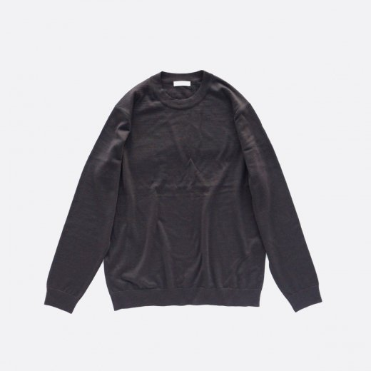 FINE GAUGE WOOL CREW NECK SWEATER