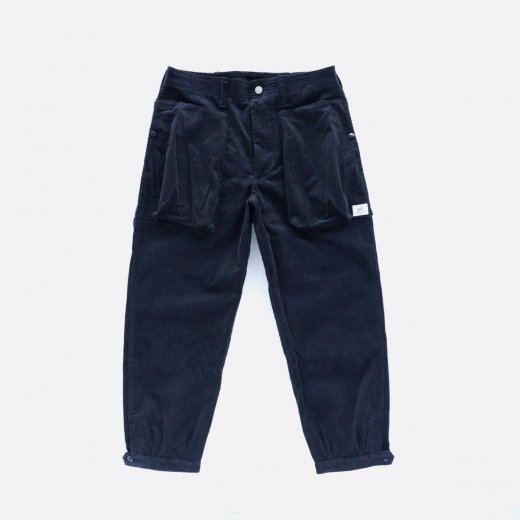 <img class='new_mark_img1' src='https://img.shop-pro.jp/img/new/icons1.gif' style='border:none;display:inline;margin:0px;padding:0px;width:auto;' />DIGS CREW PANTS 4/5 14W CORDUROY