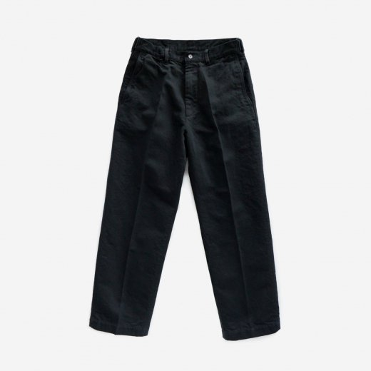 <img class='new_mark_img1' src='https://img.shop-pro.jp/img/new/icons1.gif' style='border:none;display:inline;margin:0px;padding:0px;width:auto;' />HEMP ORGANIC COTTON  DRILL FLAT-FRONT TROUSERS