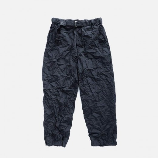 <img class='new_mark_img1' src='https://img.shop-pro.jp/img/new/icons39.gif' style='border:none;display:inline;margin:0px;padding:0px;width:auto;' />WRINKLED BAKER PANTS