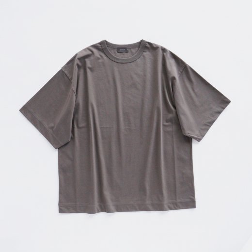 <img class='new_mark_img1' src='https://img.shop-pro.jp/img/new/icons1.gif' style='border:none;display:inline;margin:0px;padding:0px;width:auto;' />OVER T-SHIRT