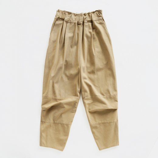 <img class='new_mark_img1' src='https://img.shop-pro.jp/img/new/icons1.gif' style='border:none;display:inline;margin:0px;padding:0px;width:auto;' />HIGH TWISTED COTTON HEAVY KERSEYS PANTS