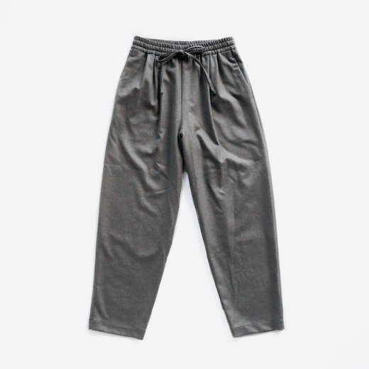 <img class='new_mark_img1' src='https://img.shop-pro.jp/img/new/icons1.gif' style='border:none;display:inline;margin:0px;padding:0px;width:auto;' />SOFT WOOL DRAWSTRING PANTS