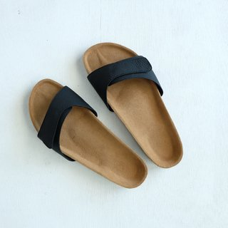 "ERA "" Bubble Calf Onemile Sandal"" black"