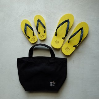 """Brown and Dennis """" Beach Sandals """" Yellow×Navy"""