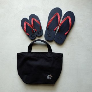 """Brown and Dennis """" Beach Sandals """" Navy×Red"""