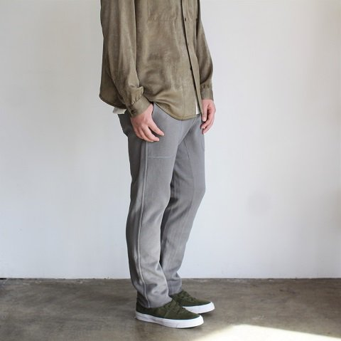 【CURLY カーリー】 <br>Frosted EZ Trousers<br>《GRAY》<img class='new_mark_img2' src='//img.shop-pro.jp/img/new/icons20.gif' style='border:none;display:inline;margin:0px;padding:0px;width:auto;' />