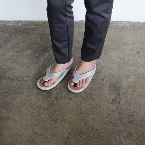 【JOJO ジョジョ】 <br>Beach Sandal L<br>《GREY》