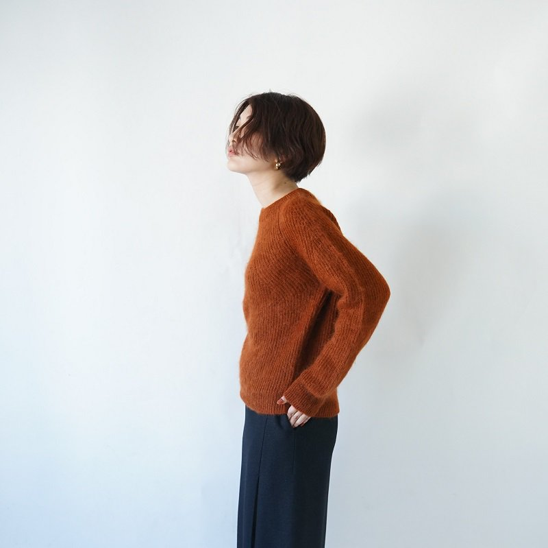【BATONER バトナー】FLUFFY CREWNECK -WOMEN- / ORANGE BROWN