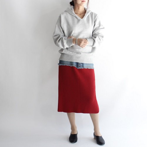 【PHEENY フィーニー】DENIM×RIB KNIT SKIRT / RED<img class='new_mark_img2' src='//img.shop-pro.jp/img/new/icons20.gif' style='border:none;display:inline;margin:0px;padding:0px;width:auto;' />