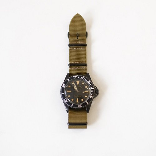 【VAGUE WATCH Co. 】BLK SUB / OLIVE