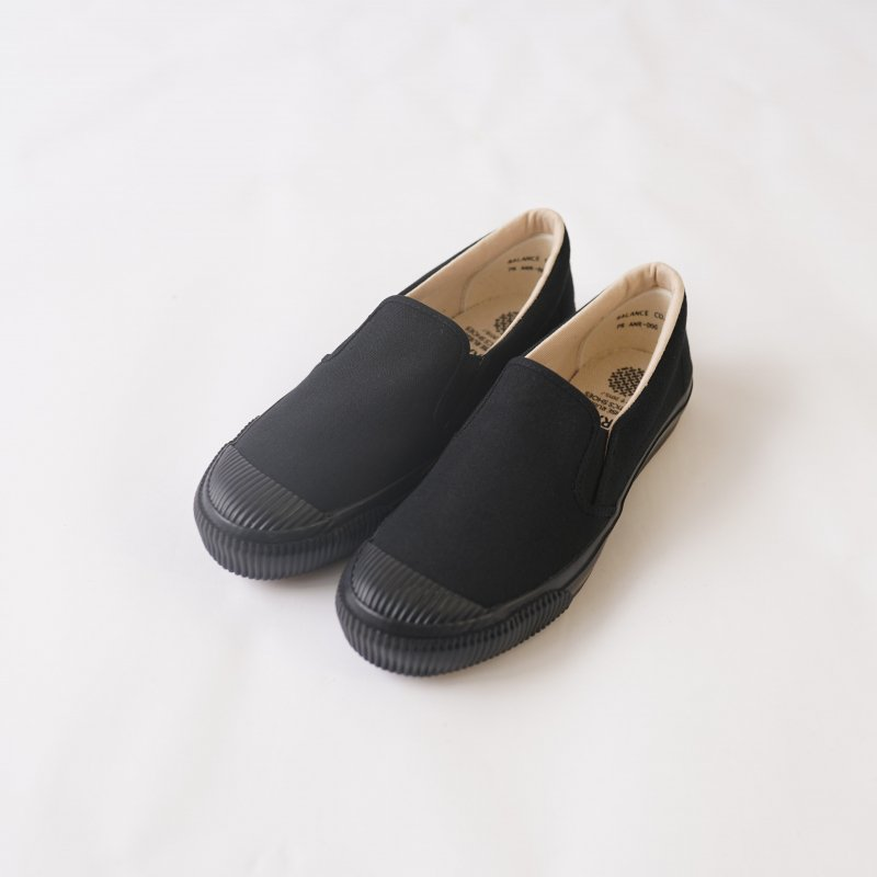 【PRAS プラス】SHELLCAP SLIPON / KURO×BLACK